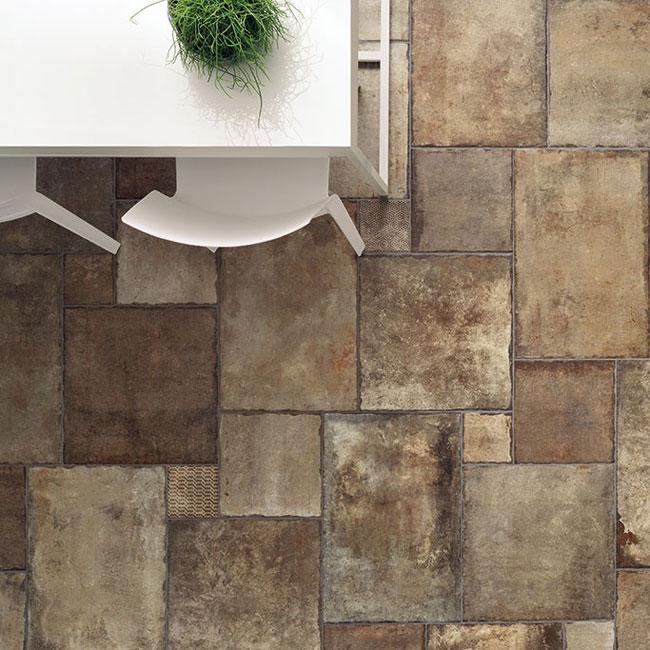 Ceramic tile looks like stone